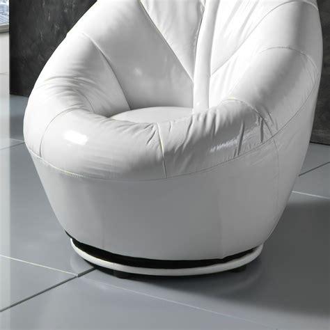 poltroncina per da letto moderna poltrona da letto moderna casamia idea di immagine