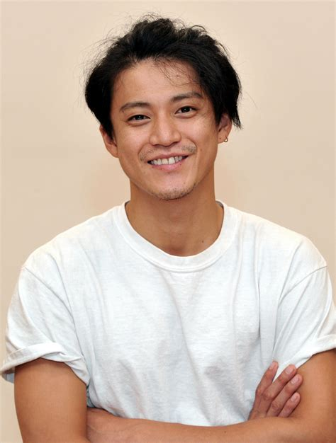What Goes With Red by Shun Oguri Faces Off With An Artistic Master In Red