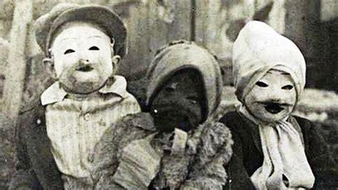 imagenes antiguas sin copyright creepy halloween costumes from the past brain berries