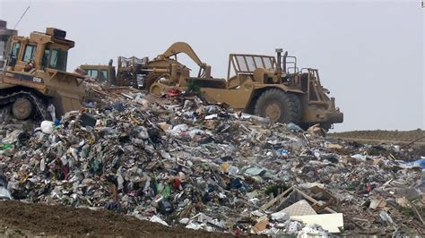Where To Dump by Trash City Inside America S Largest Landfill Site Cnn
