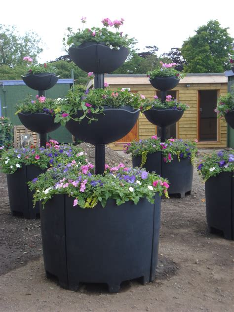 Tiered Flower Planters by Tiered Gardens And Pots For Small Balconies And Gardens