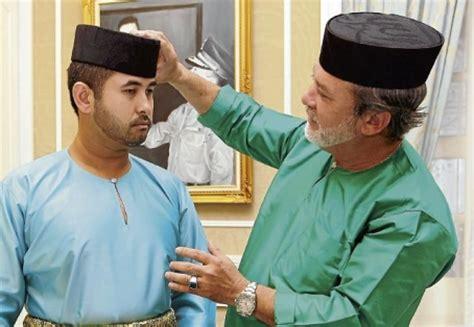 Mahkota Wallet kesultanan johor sultan ibrahim quot buka quot istana kepada rakyat