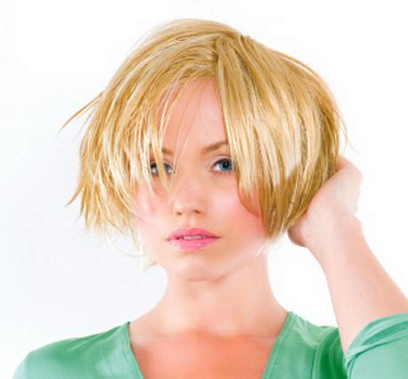 hair cuts for growing out of a bob growing out short hair styles