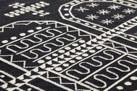 teppich 150x200 handmade wool rug tasili by gan by gandia blasco design