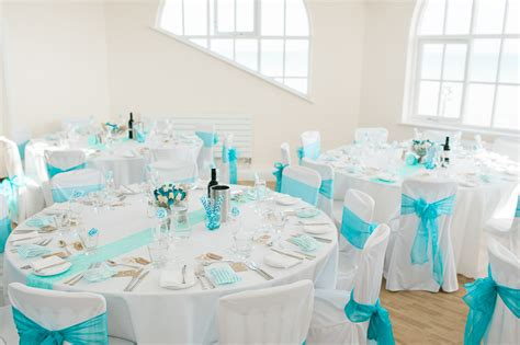 Turquoise And White Wedding Decorations Turquoise Wedding At The Seaside With 31 Guests 183 Rock N