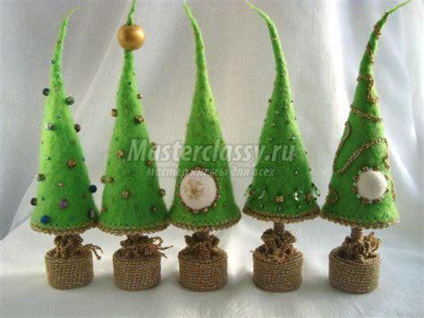 die schönsten weihnachtsdekorationen die besten 25 weihnachten topiary ideen auf