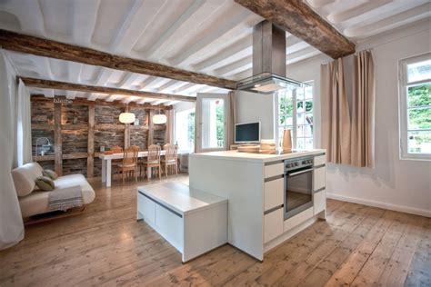 Modernes Wohnzimmer Aus Dem Jahrhundert sanierung und umwandlung eines tuchmacherhauses aus dem 18