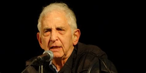 the doomsday machine confessions of a nuclear war planner books daniel ellsberg just made a stunning admission about his