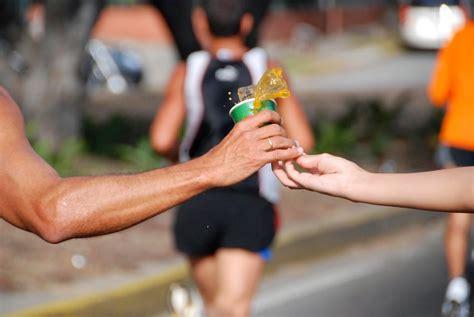 alimentazione pre maratona alimentazione e running cosa mangiare la sera prima della
