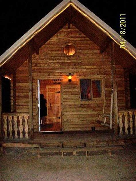 Cozy Cabins by Picture Of S Cozy Cabins Tombstone