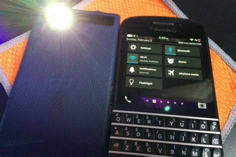 tutorial flash blackberry q10 how to add the flashlight app to the quick settings