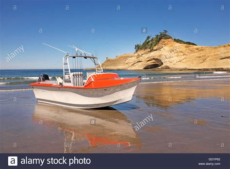 dory boat oregon a dory boat on the beach at pacific city oregon home of