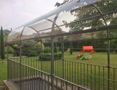 tettoia esterna arredo giardino in ferro e acciaio