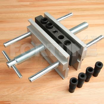 Premium Self Centering Doweling Jig With 6 Drill Bushings