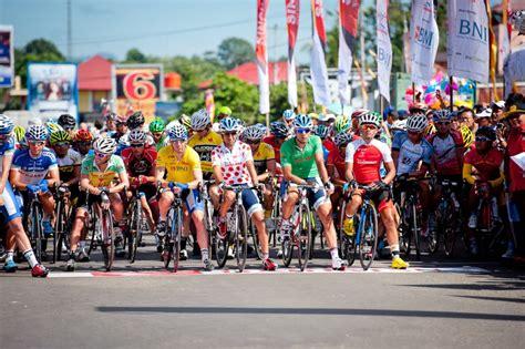 Sepeda Balap Pacific 27 Kualitas Baik 100 Baru tour de singkarak ke 9 akan melintas di sumbar news from indonesia