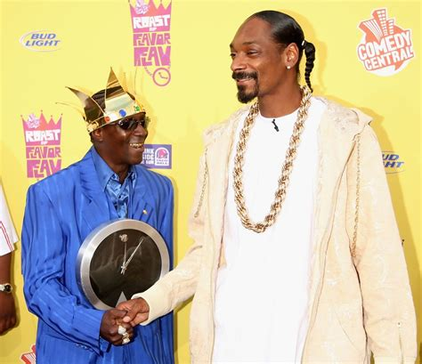 Flavor Flavs Comedy Central Roast My Pics by Snoop Dogg Flavor Flav Photos Comedy Central Roast Of