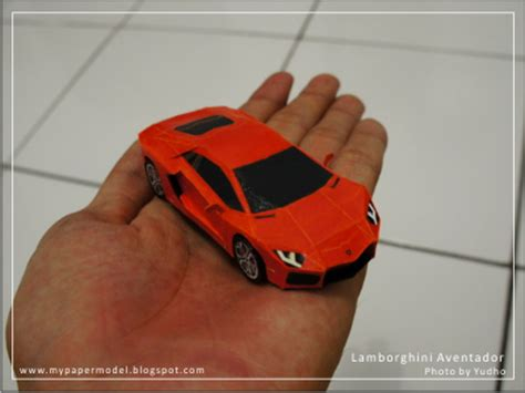 How To Make A Paper Lamborghini - papercraft and papermodel lamborghini aventador lp700 4