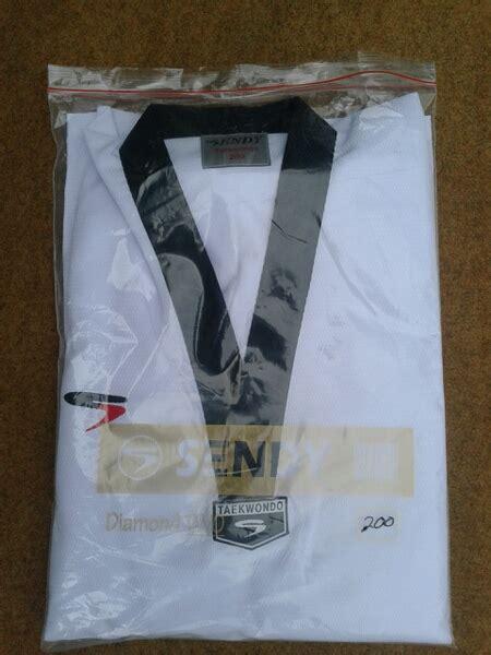 Seragam Taekwondo By Arsa Sport penjual baju taekwondo sendy arsa sport