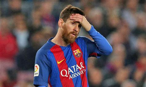 barcelona striker lionel messi hasn t yet signed contract barcelona news guillem balague discusses lionel messi s