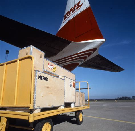 how to optimize your products for air shipment