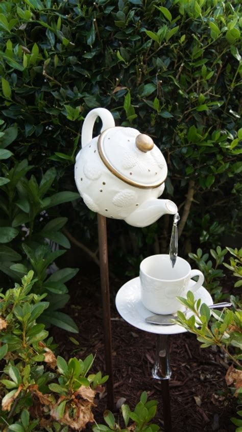 teapot garden 15 fabulous ways to add a bit of whimsy to your garden
