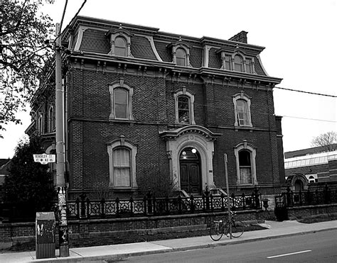 black and white house file geoge brown house in black and white jpg