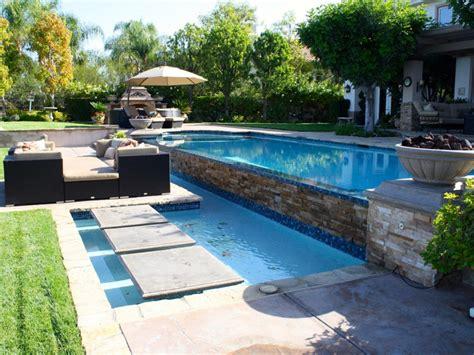 Gartenteichgestaltung Beispiele idee f 252 r gartenteichgestaltung schwebende trittplatten