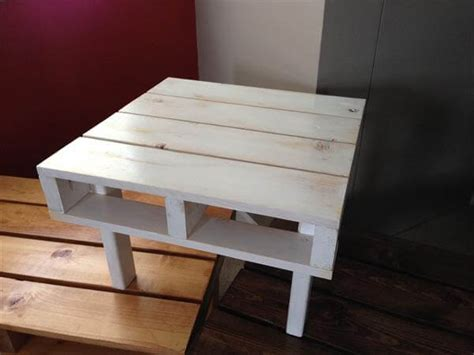 DIY Small Pallet Coffee Table, Sofa Table