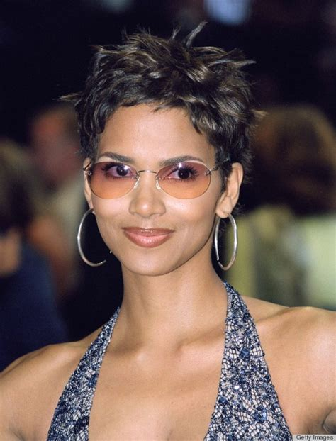 Halle Berry Hairstyles by An Ode To Halle Berry S Pixie Huffpost