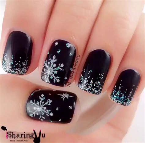 snowflake patterns nails best 25 snowflake nails ideas on pinterest snowflake