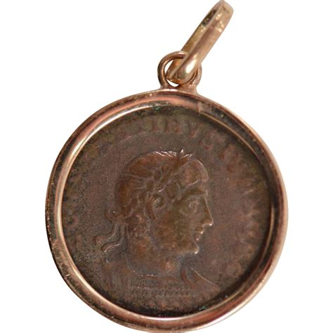 ancient coin pendant charm chunky 18k yellow gold