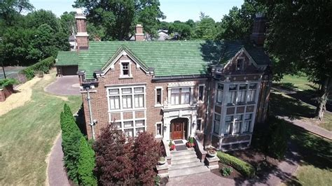 1830 Forest Park Blvd Fort Wayne, Indiana 46805 Aerial Video   YouTube