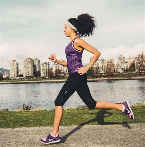 Olahraga Fitness Bola Terapi Pijat Murah olahraga mengecilkan perut dengan cepat hanya dalam sebulan