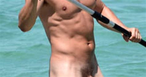 Provocative Wave For Men Do You Know This Naked Uncut Celebrity
