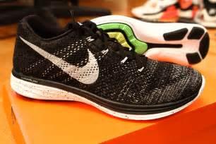 Harga Nike Lunarglide 8 jual nike flyknit lunar 3