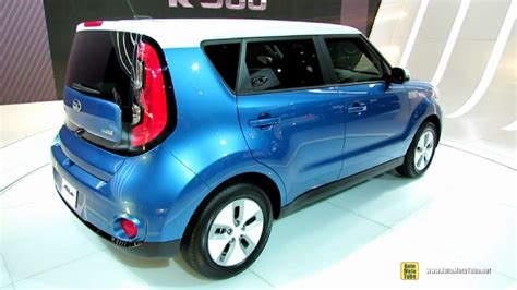 Kia Soul Electric Car 2015 Kia Soul Electric Vehicle At 2014 Chicago Auto Show