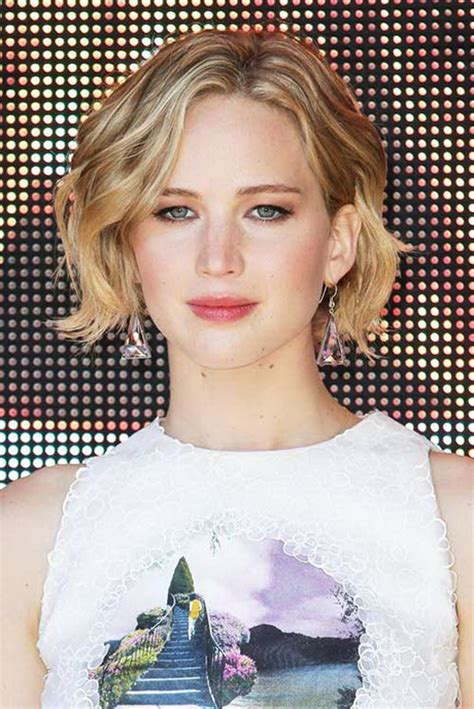 hairstyles to help grow out short hair hairstyles growing out short hair