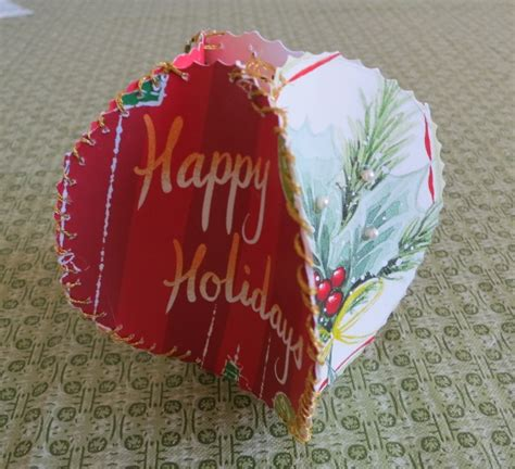 how to make christmas ornaments made from recycled