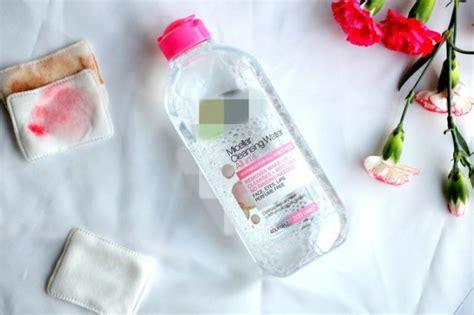 Alkohol Pembersih Wajah micellar water cairan pembersih wajah praktis yang