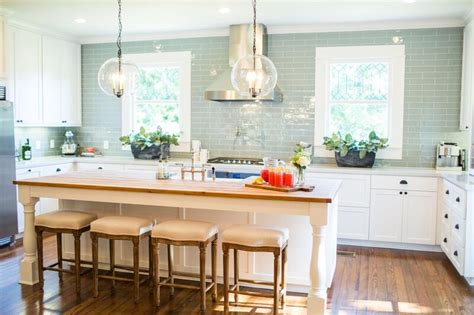 Kitchen Cabinet Episodes Fixer The Nut House Joanna Gaines House Seasons And Pendant Lighting