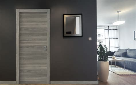 immagini porte interne serramenti in legno bergamo