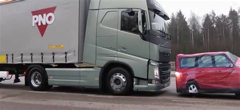 automatic volvo semi truck all heavy trucks should have crash avoidance braking