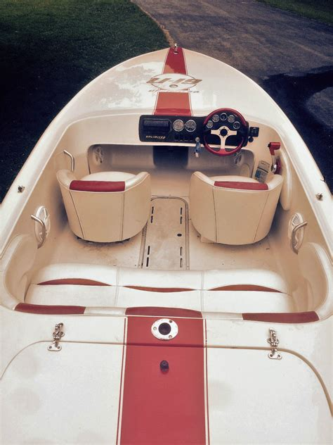 winns   unlimited   sale   boats  usacom