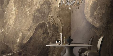 Frapuccino Precious stones, brown marble effect floor and