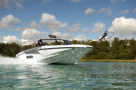 malibu boats employees all new malibu response txi brings the next major ski boat