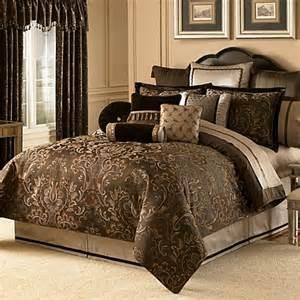 Waterford Duvet Covers Waterford 174 Linens Lansing Reversible Duvet Cover Bed