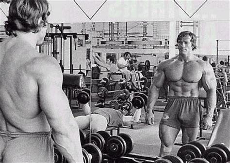 arnie bench press a tribute to arnold schwarzenegger greatest bodybuilder