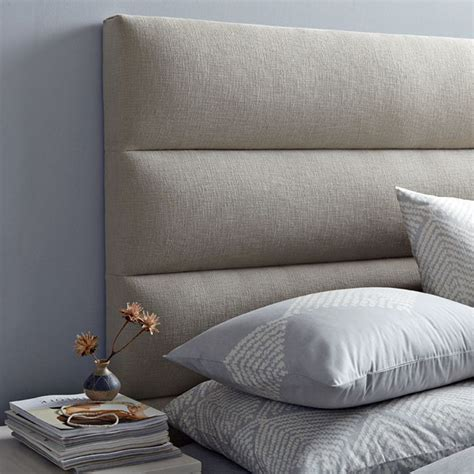 Diy King Upholstered Headboard by 1000 Ideas About Upholstered Headboards On