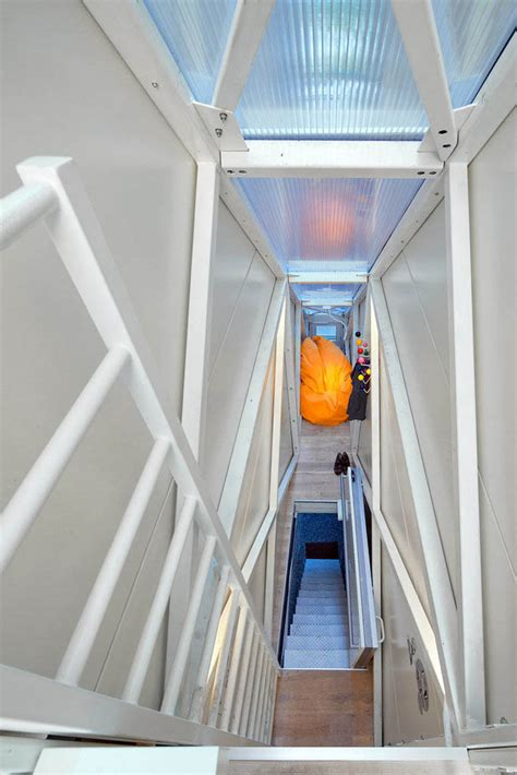 the narrowest house in the world keret house world s narrowest home located in warsaw