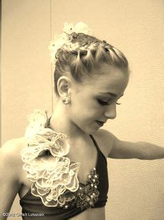 dance moms hairstyles 1000 images about dance moms girls on pinterest jazz